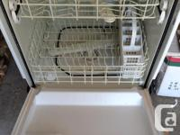 Kenmore Quiteguard Standard Model  White 5 Years old