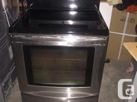 Hey all, selling like new Kenmore Convention Stove/oven