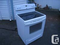 """2011   30"""" Self cleaning Kenmore range (have receipt)."""