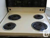 "KENMORE Refrigerator & Oven Set Refrigerator: H 57"" D"