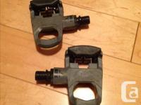 Keo pedals, lightly used $40 Pearl Izumi shoes, size