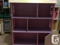 Pink Kids Bookshelve Excellent shape, perfect for books