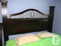For sale: Beautiful king size headboard in really good