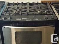 TOP OF THE LINE KITCHEN AID RANGE SLIDE-IN IN LIKE NEW