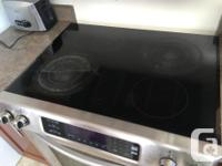 30 inch electric Kitchenaid stove. Higher end unit but