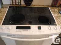 KitchenAid Superba flat top stove in white: convection