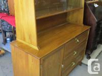 THIS KNECHTEL ALL WOOD SUITE HAS A TABLE 36 INCHES WIDE