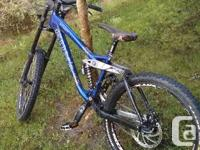Kona Stinky 2007  Size medium  Bought it used and
