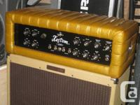Kustom K200B vintage bass amp with gold Tuck and Roll