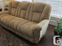 . La z boy Chaise Reclining chair Couch. Settle back in