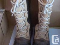 Women's sorel winter months boots, seldom put on, paid