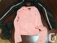 Great jacket that has had very little use. Pink
