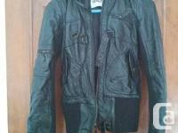SIMPLY size XS lined natural leather coat with fake fur