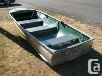 14 foot Viking Aluminum Boat. No Outboard motor, nor
