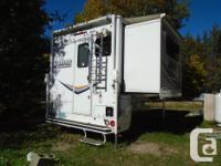 Beautiful 4 seasons camper like new, non smoker, 2
