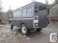 Make Land Rover Model 109 Year 1984 Colour gray kms