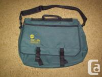 FOR SALE  Laptop/tablet carrying case, brief case,