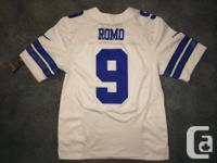 Brand new large size Dallas Cowboys Tony Romo jersey for sale  British Columbia