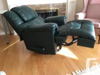 Good quality recliner/rocker. Solid metal hardware.