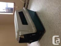 Large used travel crate in good condition and clean,