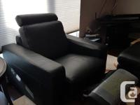 Montecristo black leather reclining chair. Removable