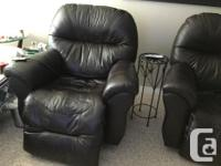 Both are walhuggers and have the electric recliners.