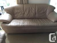 "Very good condition Natuzzi leather sofa (75""x32"") and"