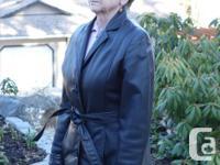 LeatherRanch women's size Medium 3/4 length leather