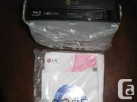 New, in retail box with all cables, software program,