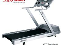 Life Fitness 90ti treadmill  * this unit has been