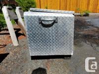 Lifetimer extruded aluminum tool or storage box. good