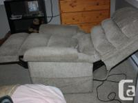 Pride Lift chair is in excellent working condition and