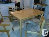 Pine dining or kitchen table, used but good condition