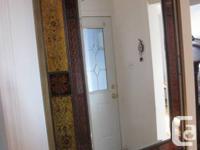 Excellent condition large mirror, Montebello design,