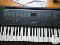 Yamaha PSR 200 in like new condition. Synthesizer
