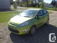 Make Ford Model Fiesta Year 2011 Colour Green lime kms