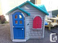 Little Tikes outdoors playhouse. Disassembles