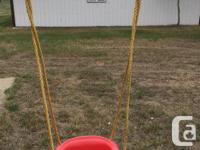 Excellent condition, sturdy outdoor swing for children,