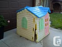 Little Tykes playhouse, excellent condition, very
