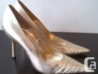 I am selling my BRAND NEW LK Bennett high heeled pump