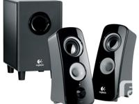 Immersive Logitech 360-degree sound for crystal-clear,