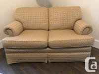 Highland House love seat, like new from Sagers