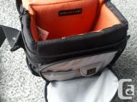 Gently used camera bag, in very good condition. Selling