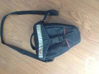 Lowepro Holster/Zoom Bag.  Older Lowepro zoom bag.