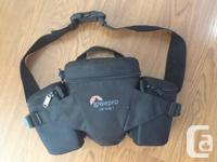 Lowepro Off Path 1 Camera Beltpack - Black.  Like