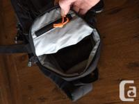 Excellent condition, Lowpro slingshot 102AW camera bag.