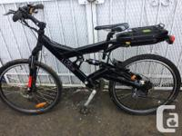 """On offer is a Luxor """"350 Compact Hub"""" electric bike and"""