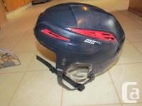 M11 pro hockey headgear, navy with red, dimension tool.