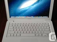 Apple MacBook  13-inch White in Like New Condition