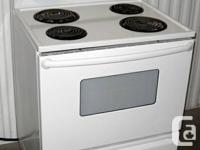 Magic Chef Stove  Smooth white finish Excellent